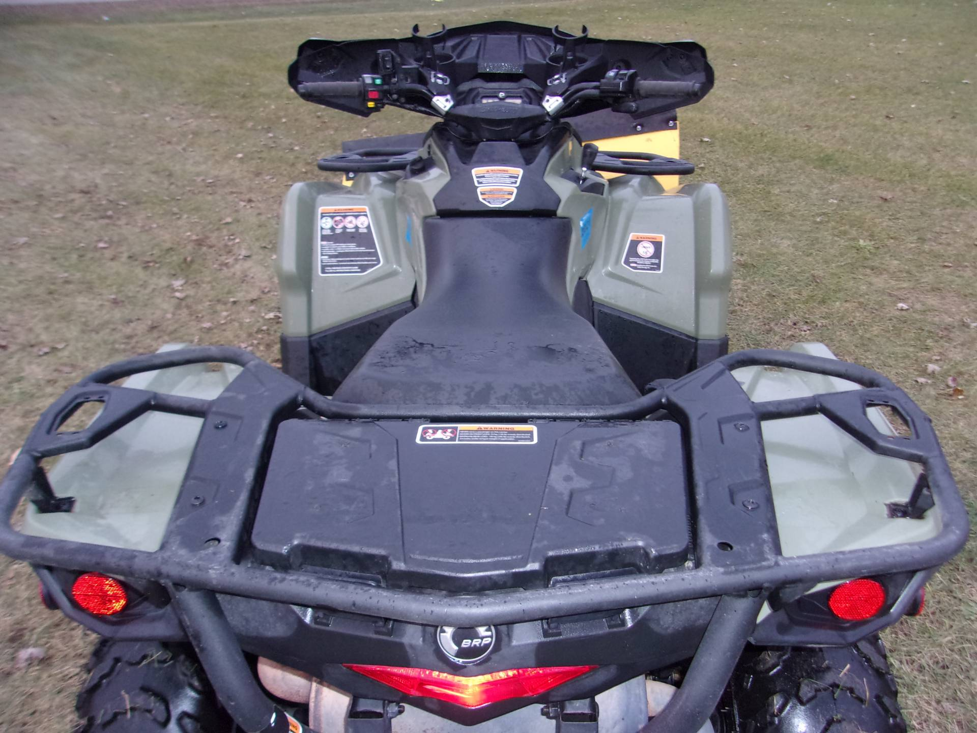 2016 Can-Am Outlander L 570 in Mukwonago, Wisconsin - Photo 8