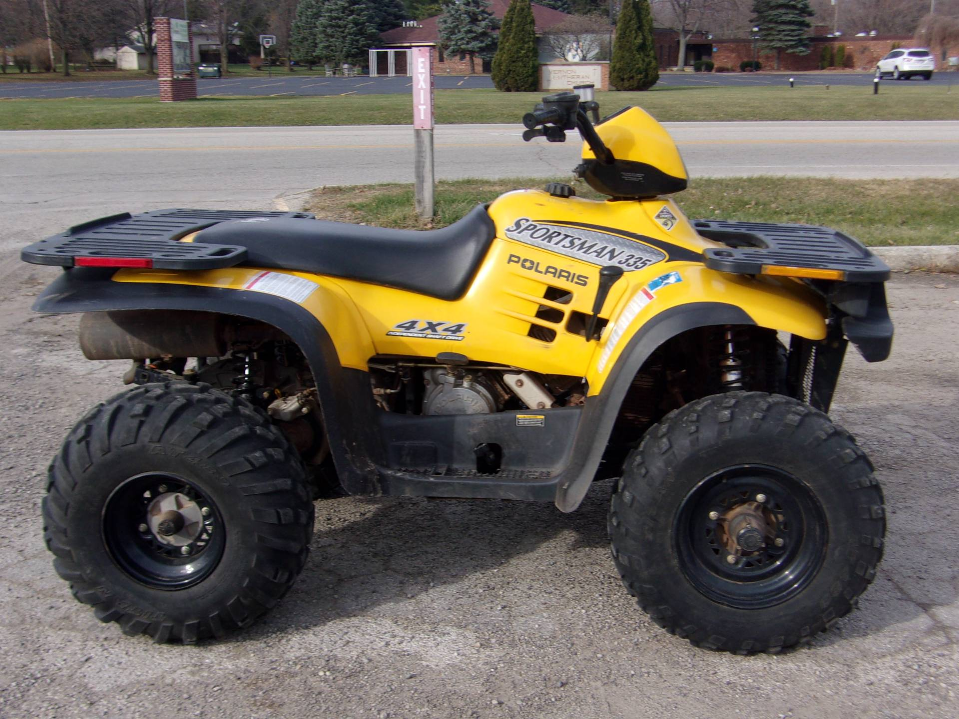 2000 Polaris Sportsman 335 in Mukwonago, Wisconsin - Photo 1