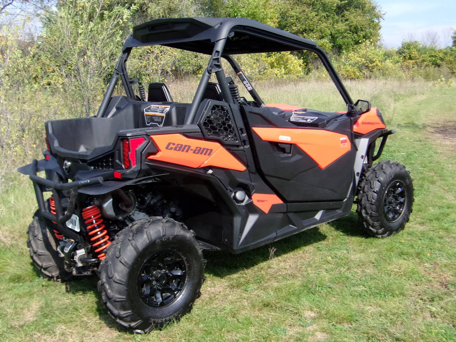 2018 Can-Am Maverick Trail 1000 DPS in Mukwonago, Wisconsin