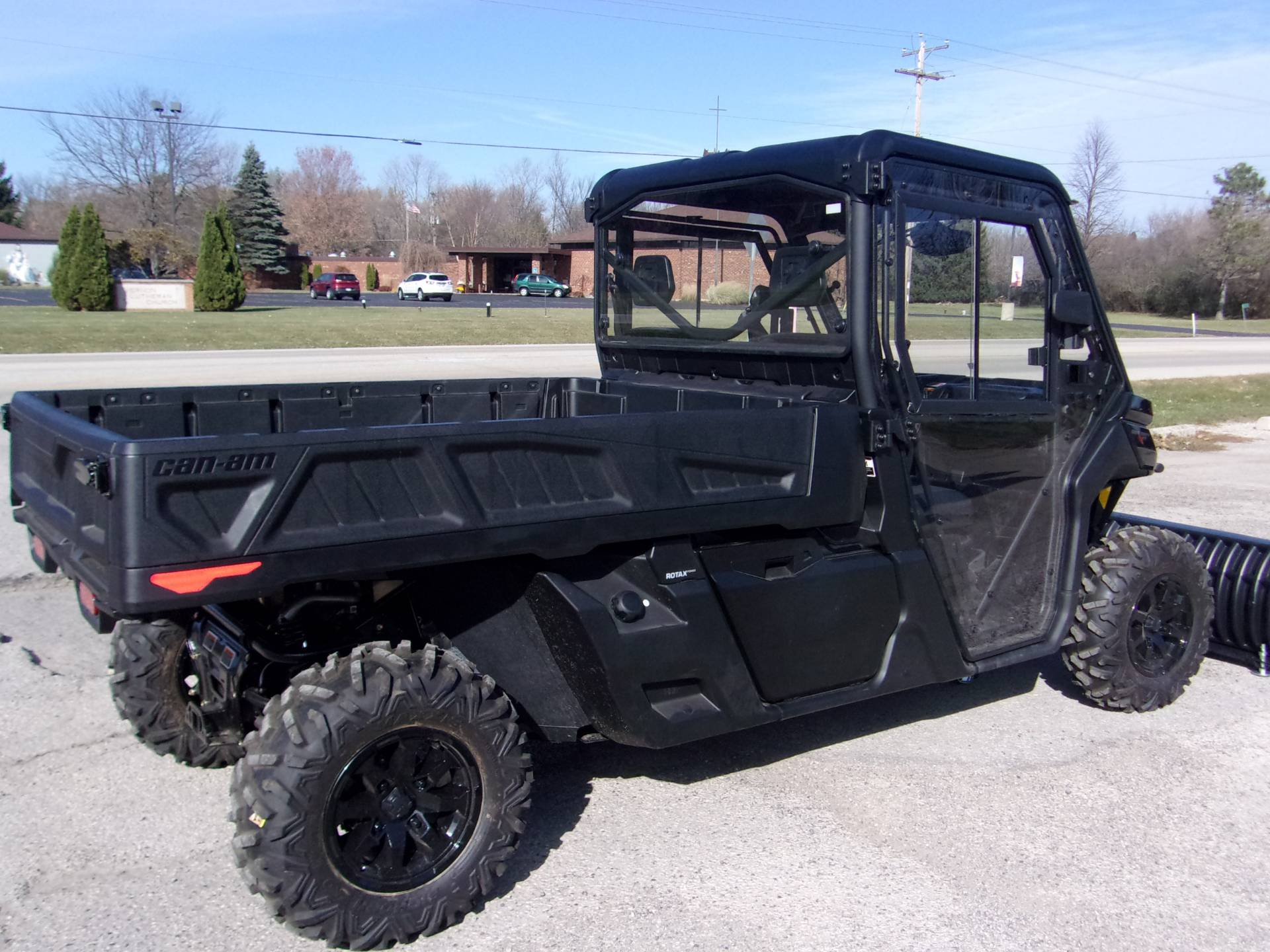2020 Can-Am Defender Pro XT HD10 in Mukwonago, Wisconsin - Photo 6