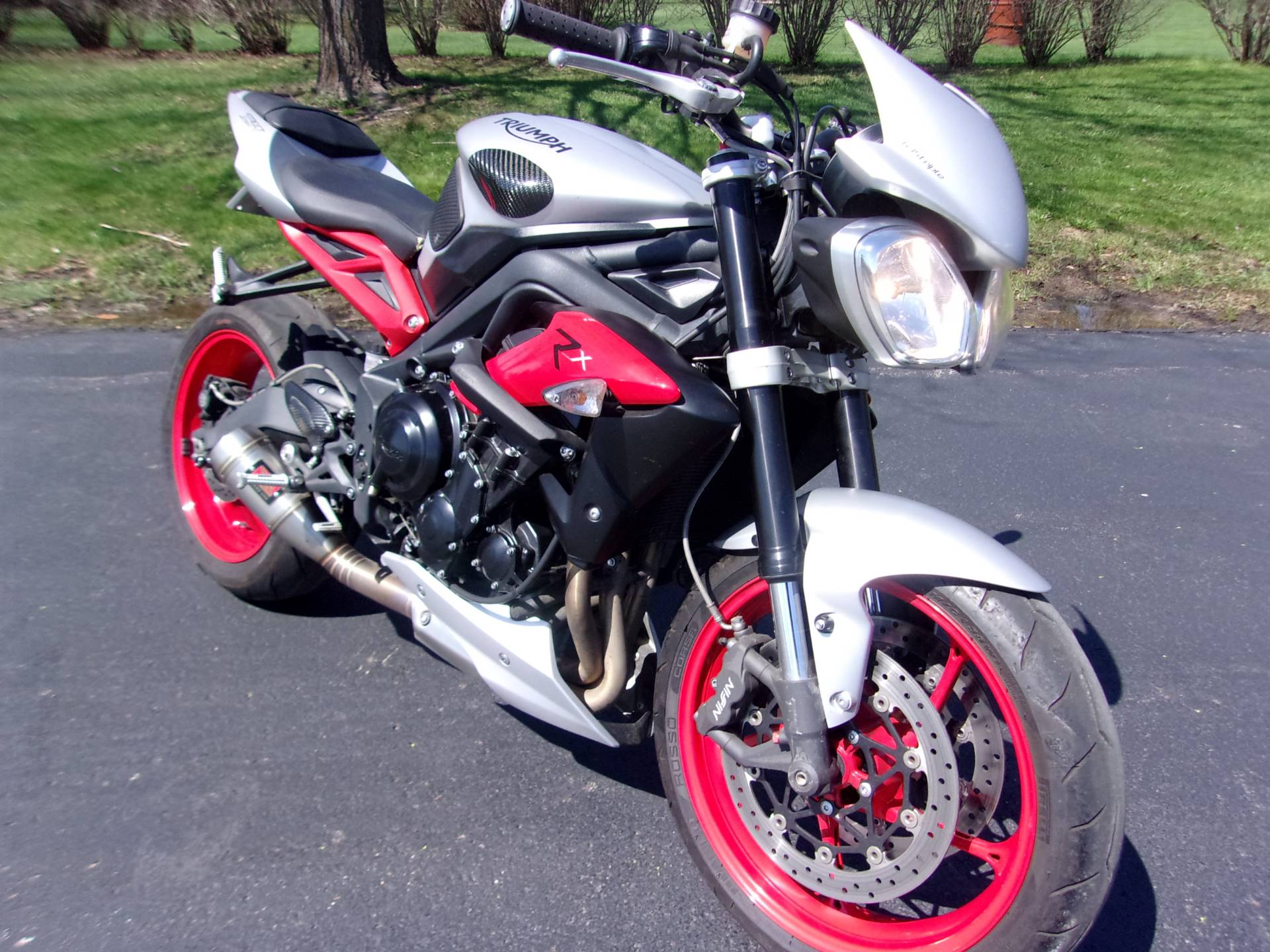 2015 Triumph Street Triple RX ABS in Mukwonago, Wisconsin - Photo 2