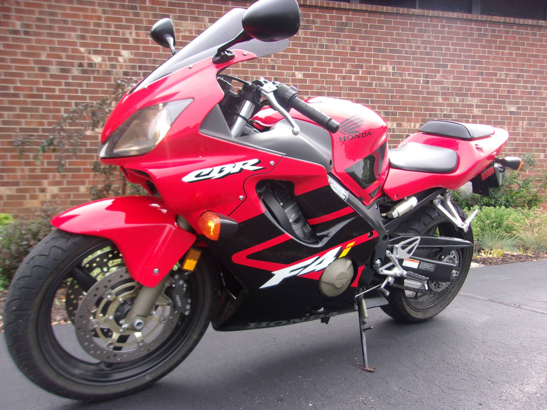 2002 Honda CBR600F4i in Mukwonago, Wisconsin - Photo 5