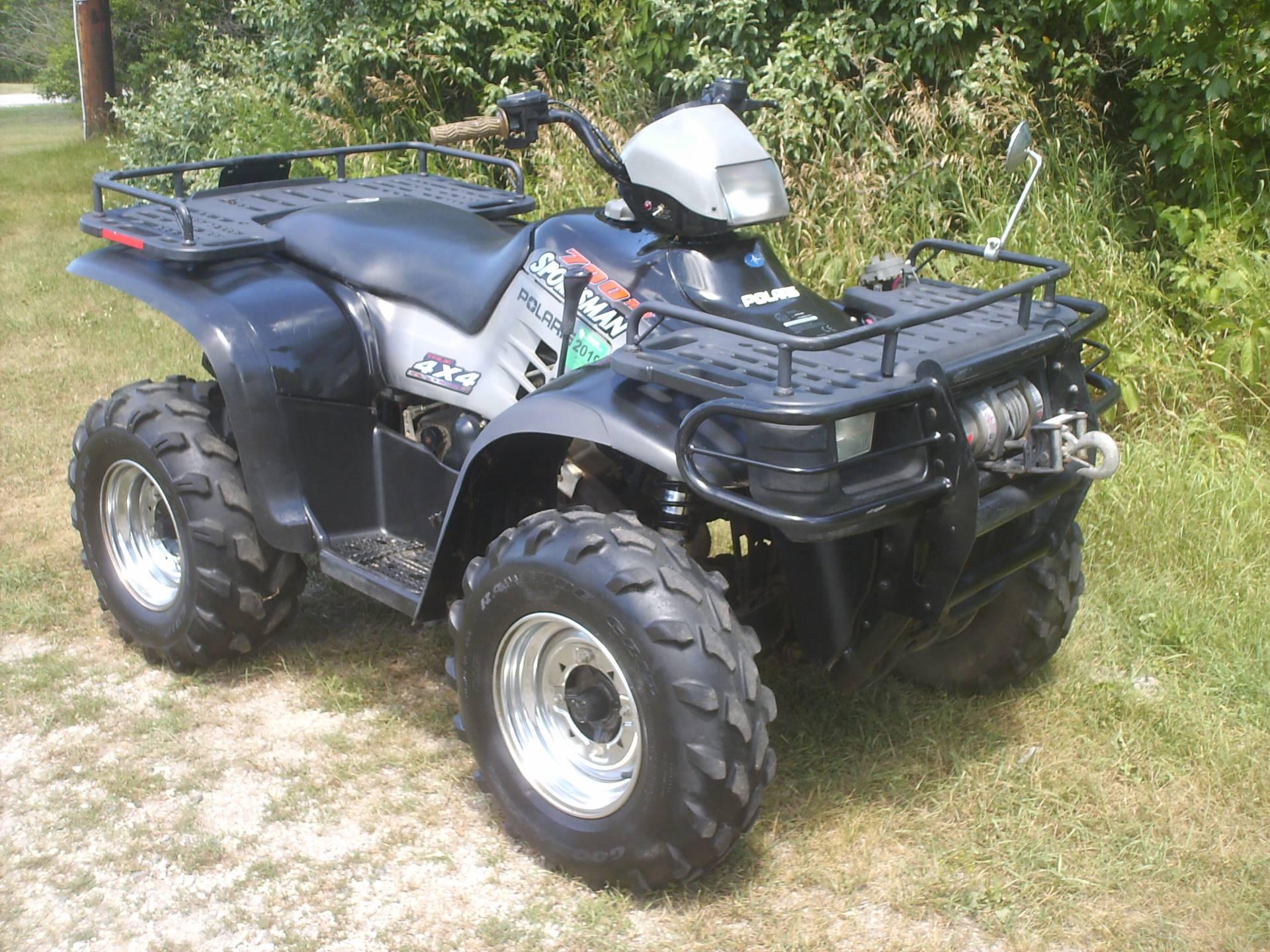 Used 2002 Polaris Sportsman 700 Twin ATVs in Mukwonago WI