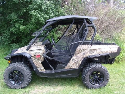 2016 Can-Am Commander XT 800R in Mukwonago, Wisconsin