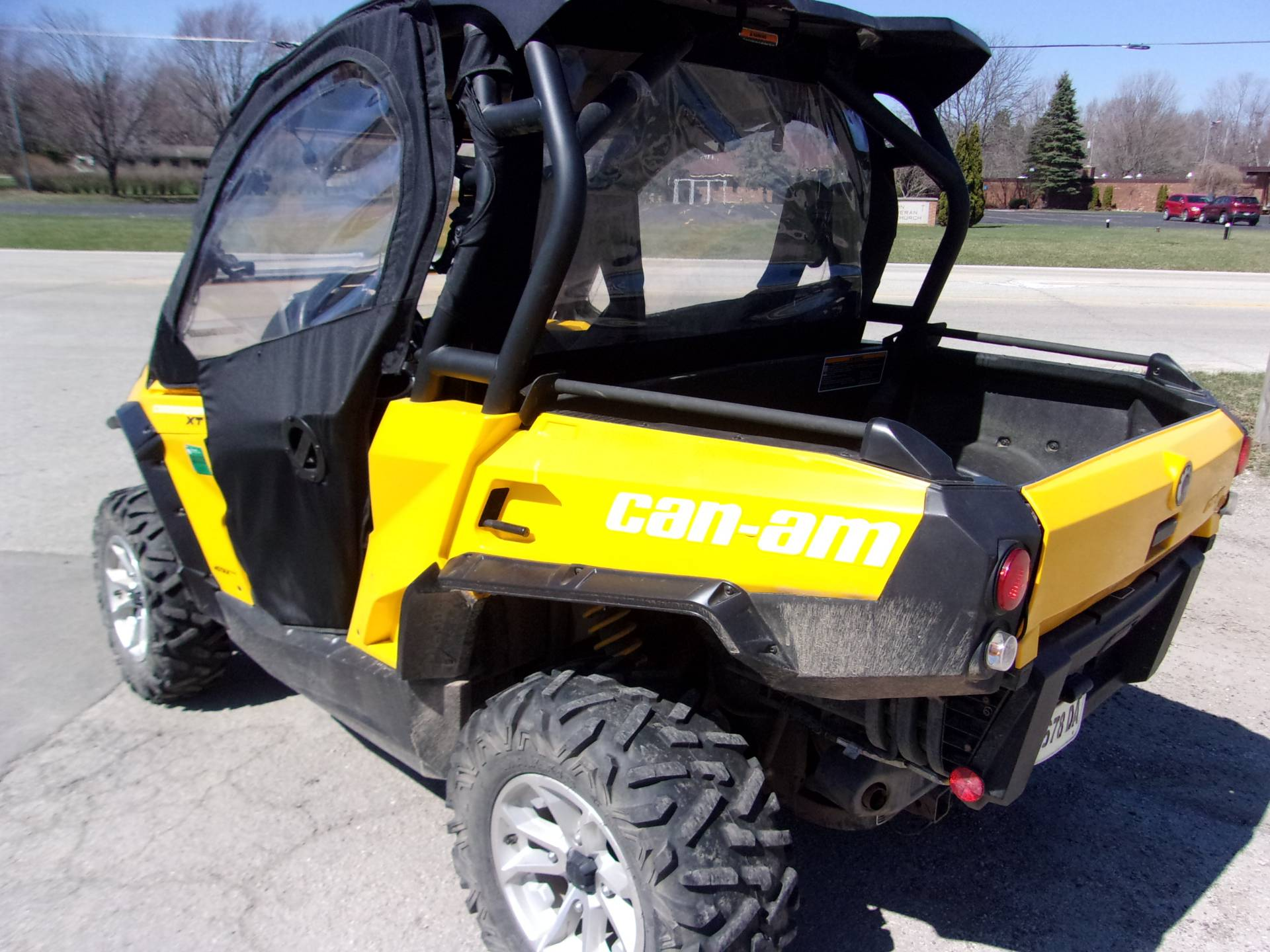 2015 Can-Am Commander™ XT™ 1000 in Mukwonago, Wisconsin - Photo 5