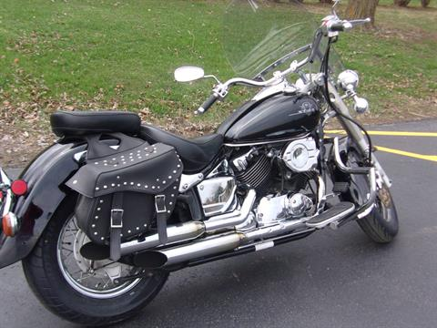 2001 Yamaha V Star Classic in Mukwonago, Wisconsin - Photo 3