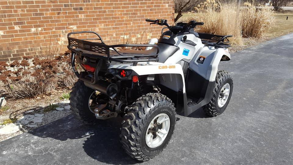 2015 Can-Am Outlander 450L DPS in Mukwonago, Wisconsin - Photo 2