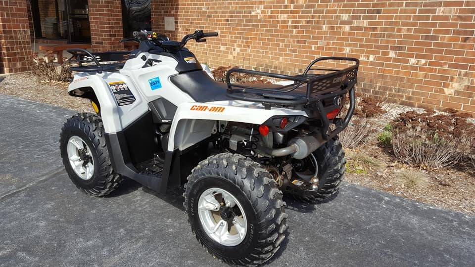 2015 Can-Am Outlander 450L DPS in Mukwonago, Wisconsin - Photo 3