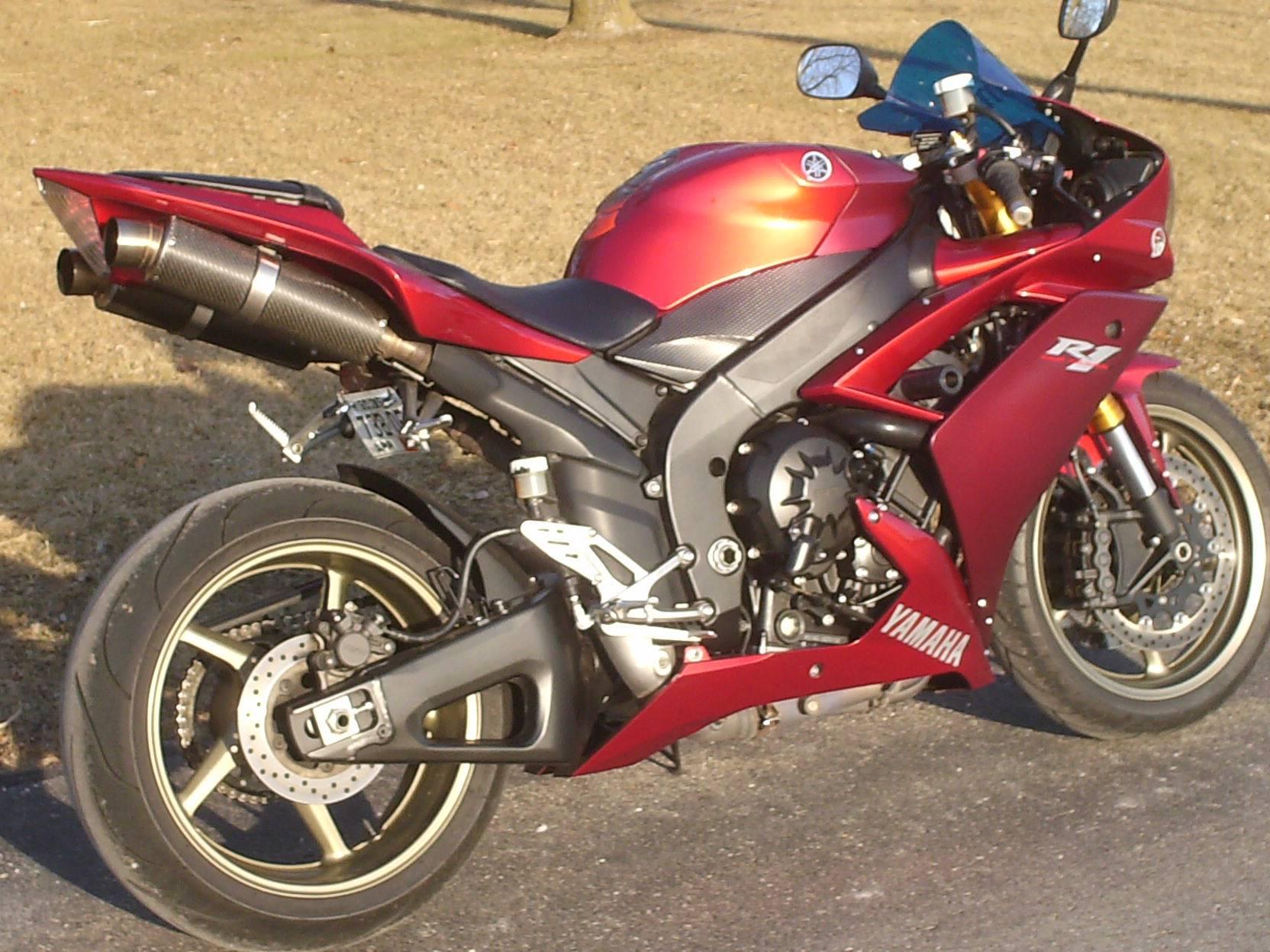 2008 Yamaha YZF-R1 2
