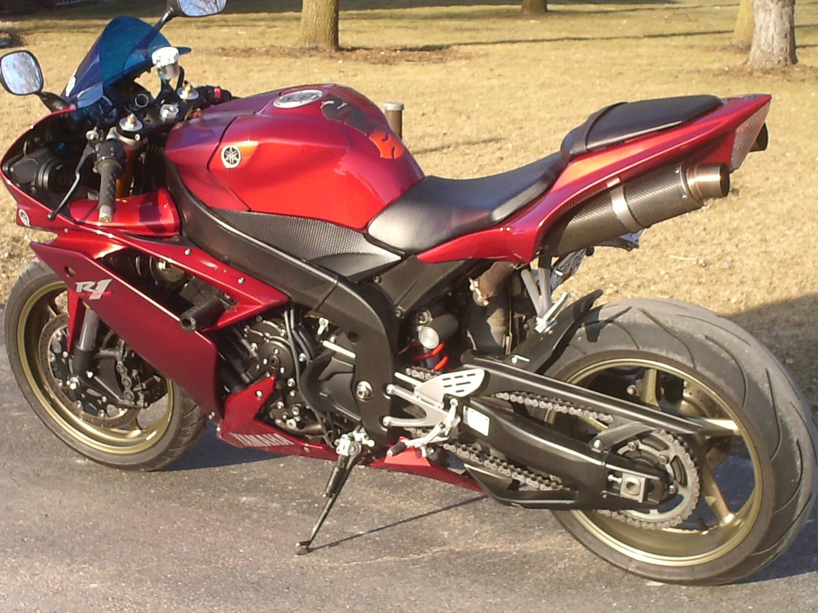 2008 Yamaha YZF-R1 4