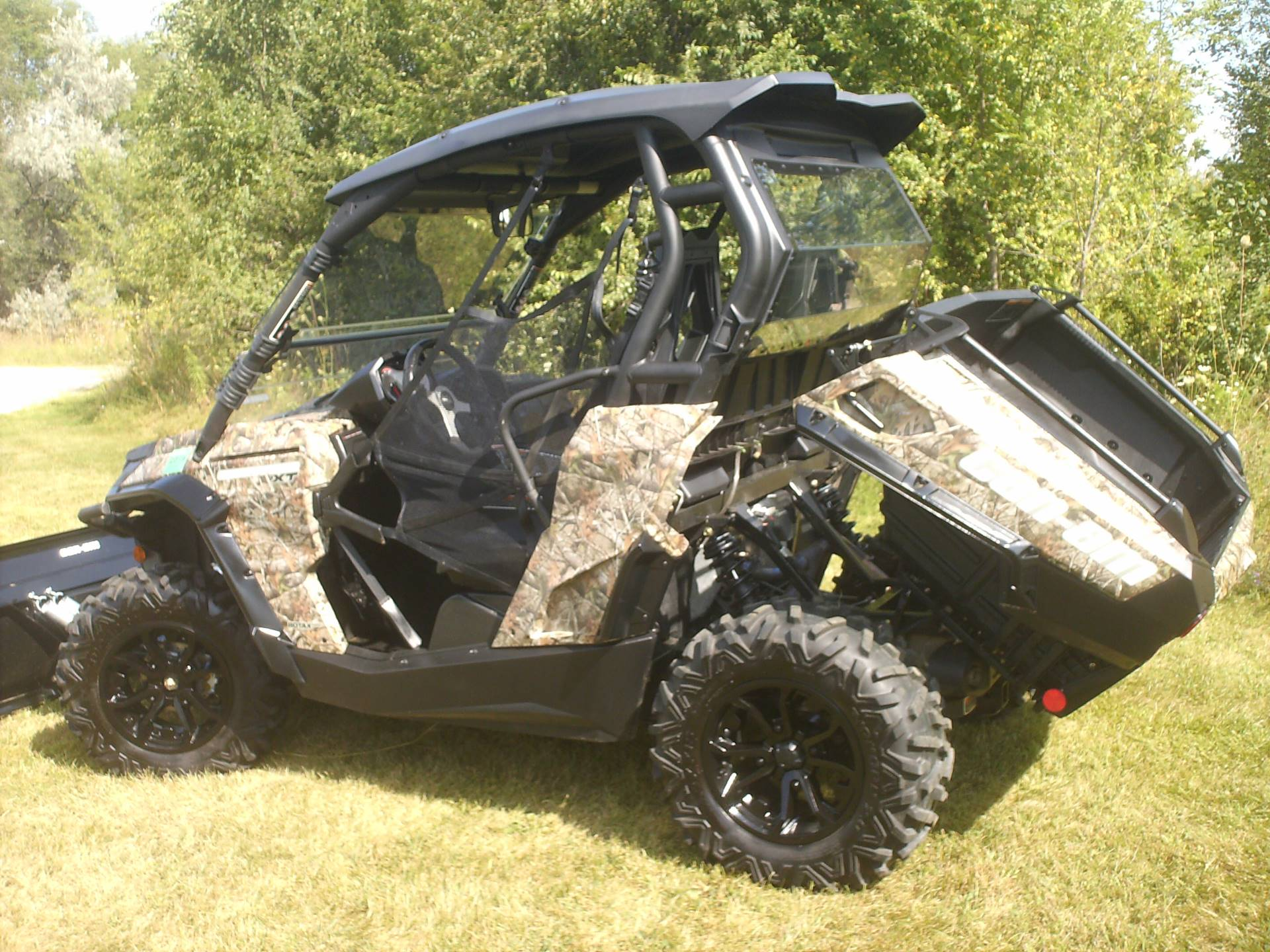 2015 Can-Am Commander™ XT™ 800R in Mukwonago, Wisconsin
