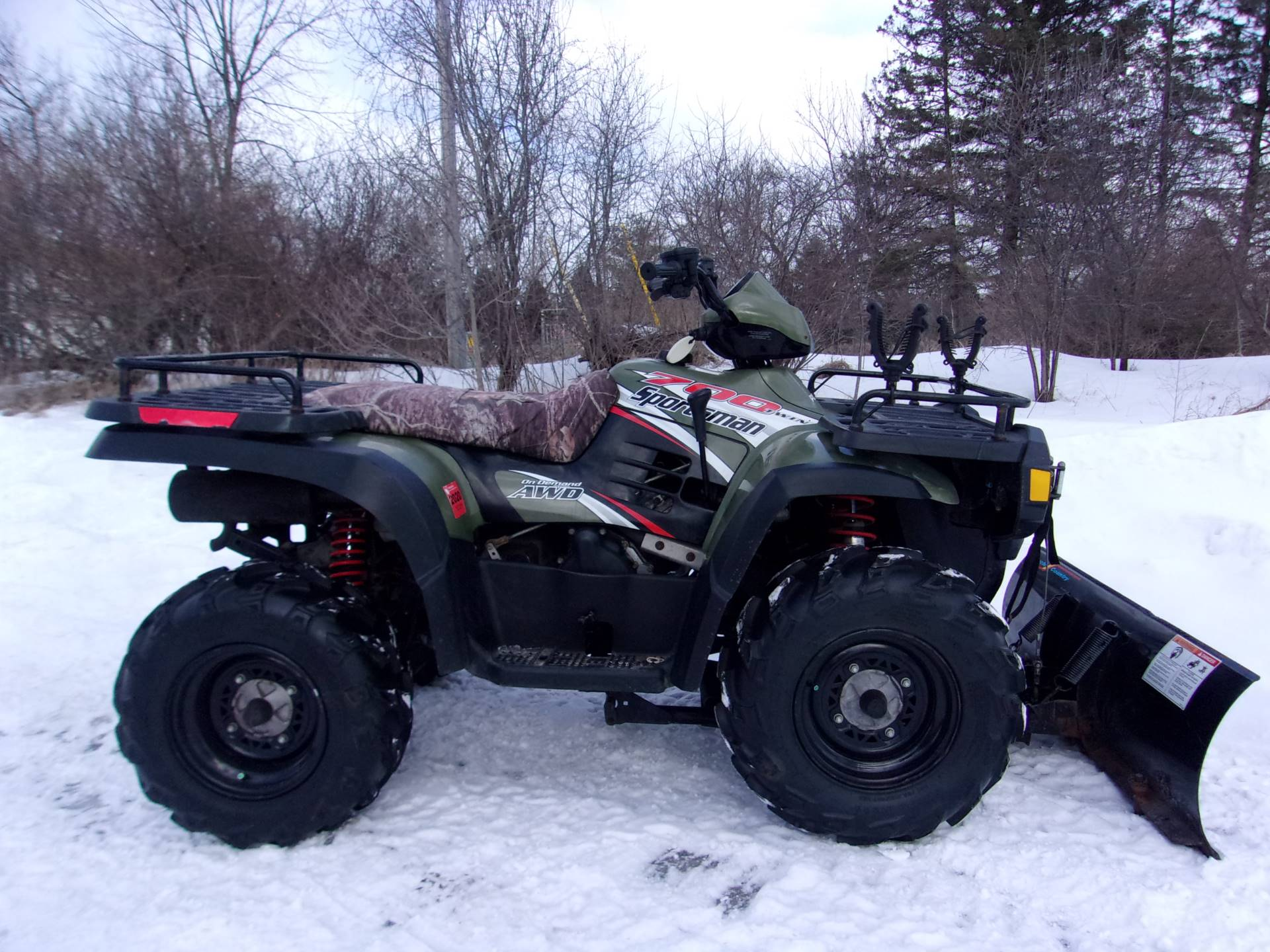 2004 Polaris Sportsman 700 Twin in Mukwonago, Wisconsin