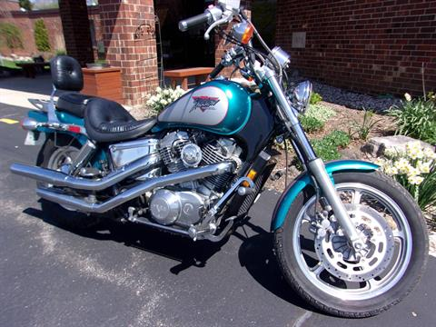 1993 Honda Shadow VT1100 Spirit in Mukwonago, Wisconsin - Photo 2