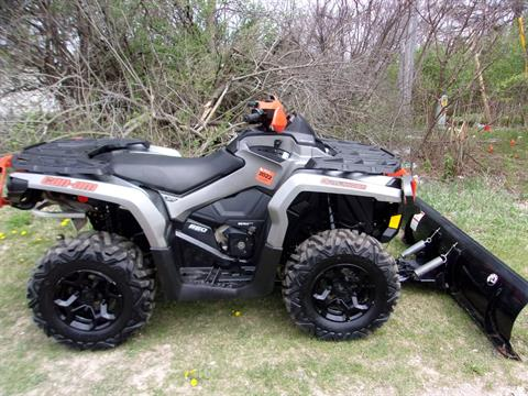 2016 Can-Am Outlander XT 650 in Mukwonago, Wisconsin - Photo 2