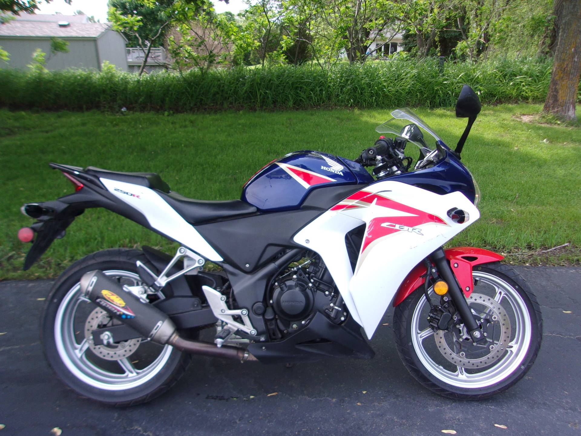 2012 Honda CBR®250R in Mukwonago, Wisconsin - Photo 1