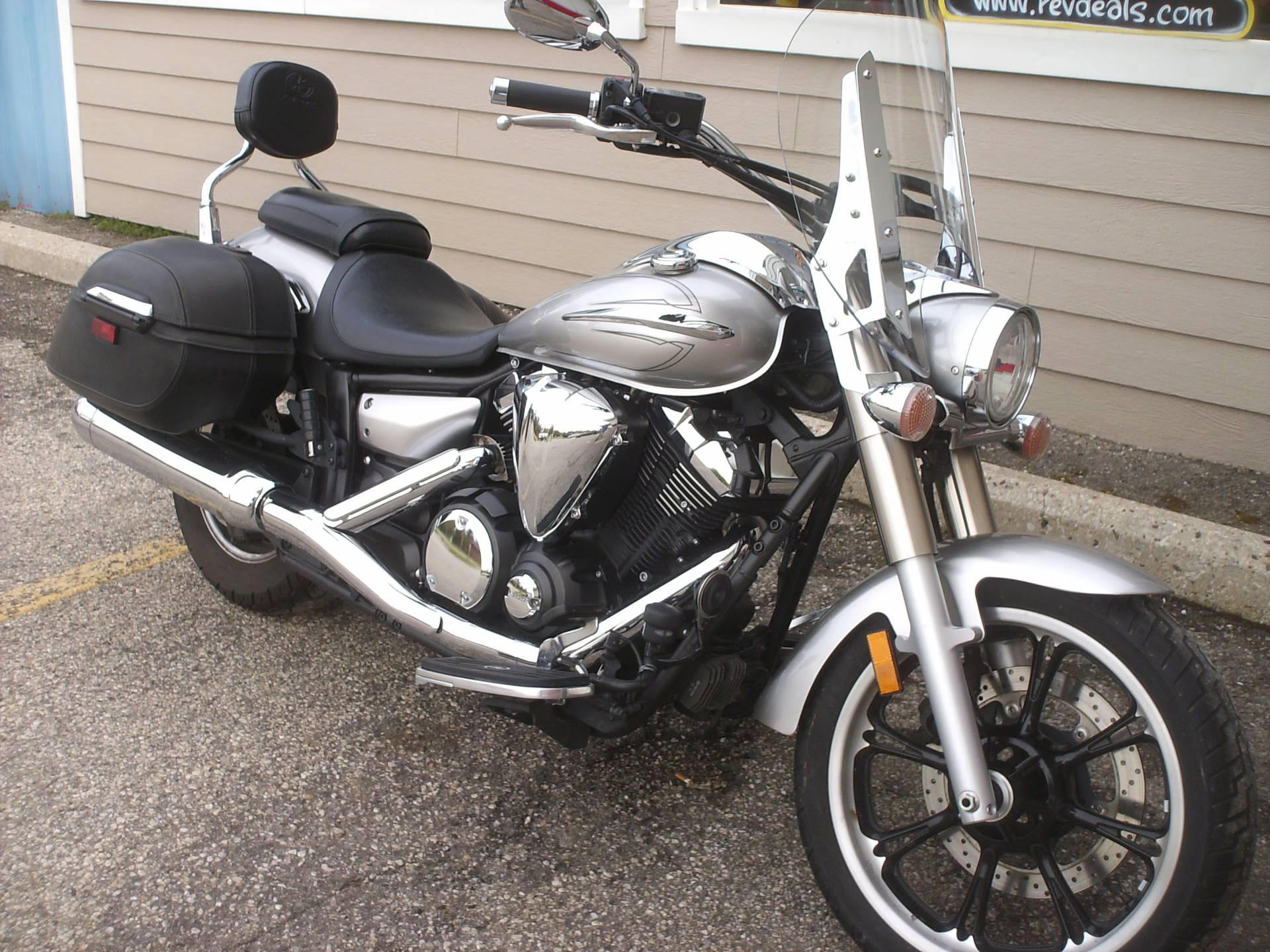 2009 Yamaha V Star 950 Tourer in Mukwonago, Wisconsin