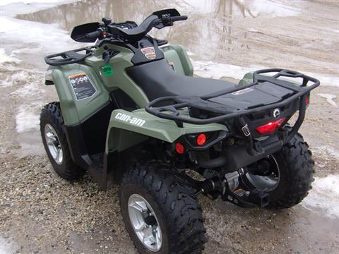 2017 Can-Am Outlander DPS 570 in Mukwonago, Wisconsin