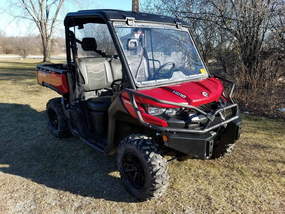 2016 Can-Am Defender HD10 in Mukwonago, Wisconsin - Photo 1