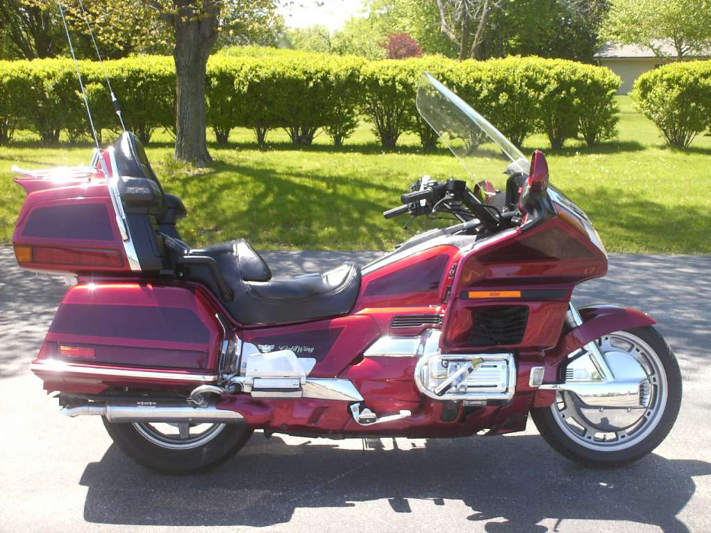 1997 Honda GL1500SE Goldwing in Mukwonago, Wisconsin - Photo 1