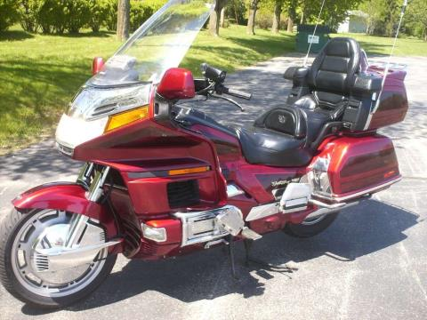 1997 Honda GL1500SE Goldwing in Mukwonago, Wisconsin - Photo 4