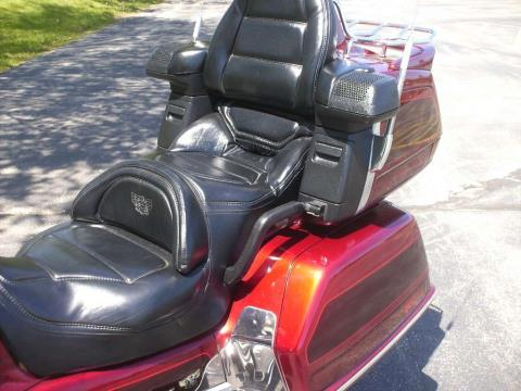 1997 Honda GL1500SE Goldwing in Mukwonago, Wisconsin - Photo 8