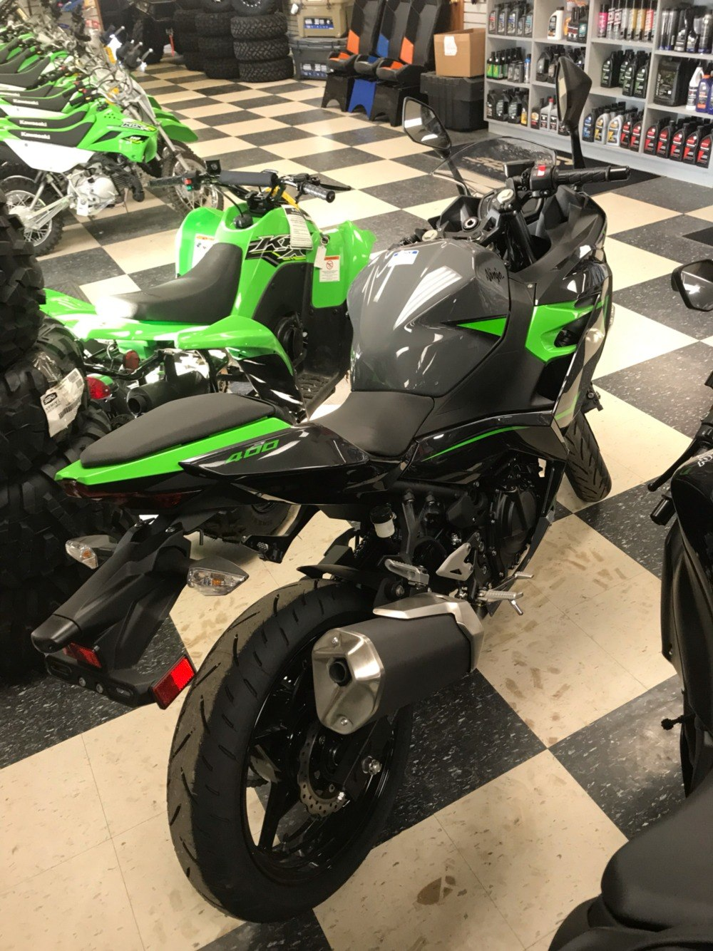 2019 Kawasaki Ninja 400 ABS in Bolivar, Missouri - Photo 3