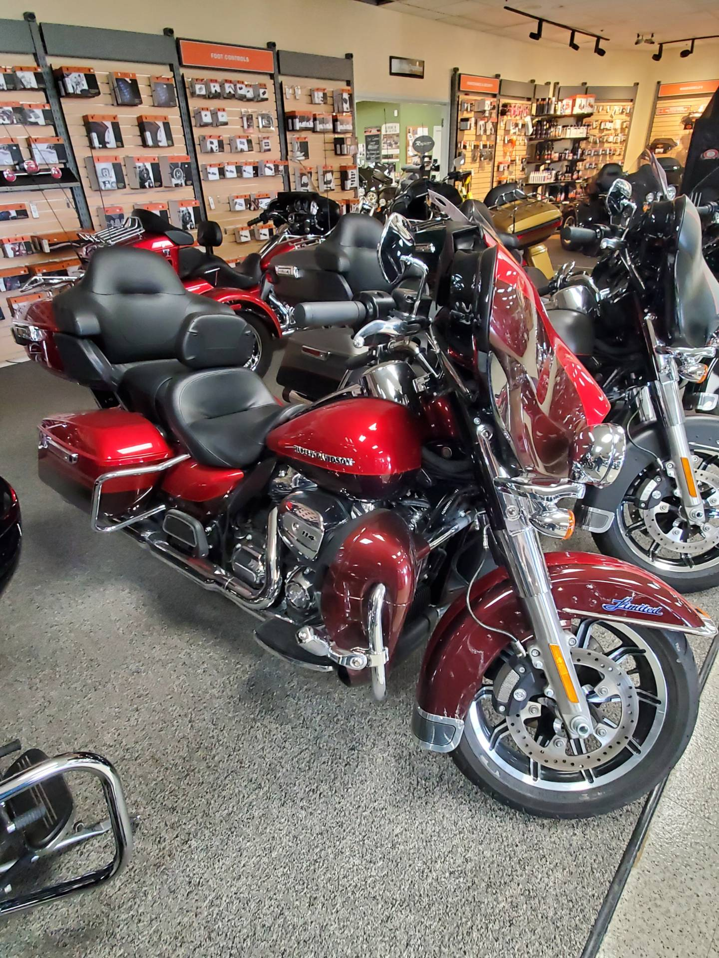 2019 Harley-Davidson Ultra Limited in Waterloo, Iowa - Photo 1