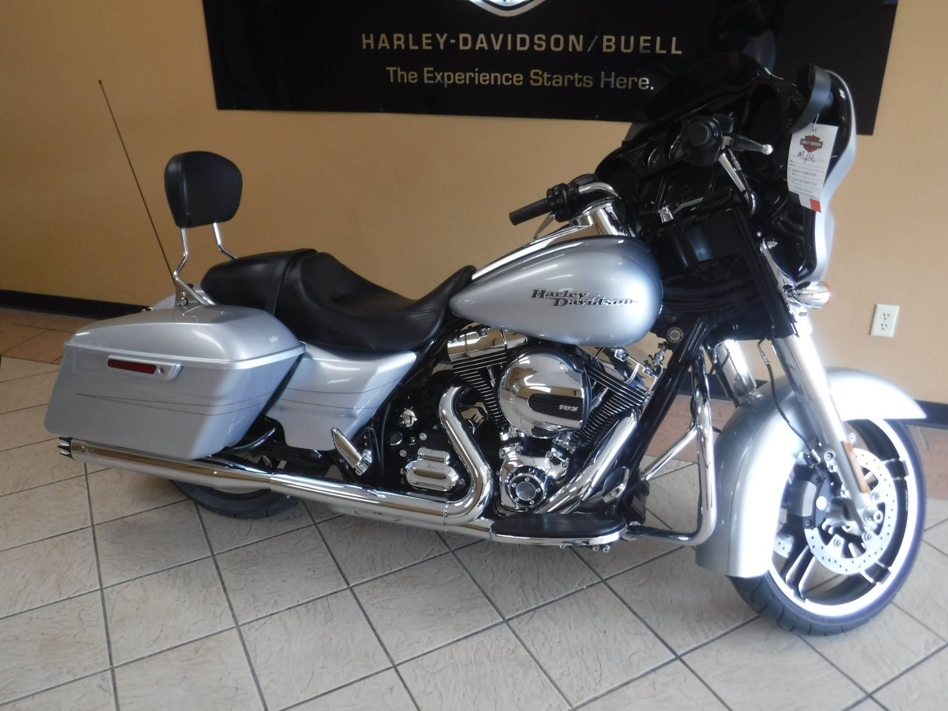 2015 Harley-Davidson Street Glide® Special in Waterloo, Iowa - Photo 1