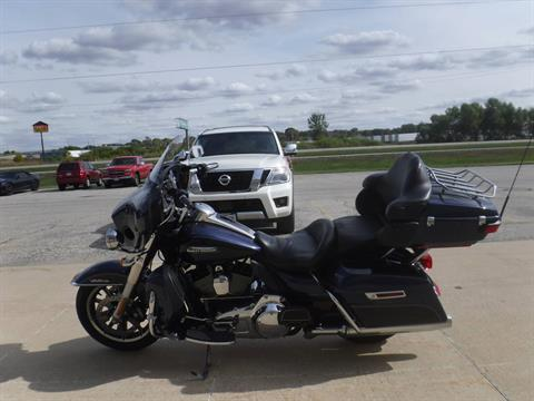2014 Harley-Davidson Electra Glide® Ultra Classic® in Waterloo, Iowa - Photo 3
