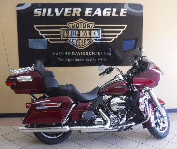 2016 Harley-Davidson Road Glide® Ultra in Waterloo, Iowa - Photo 1
