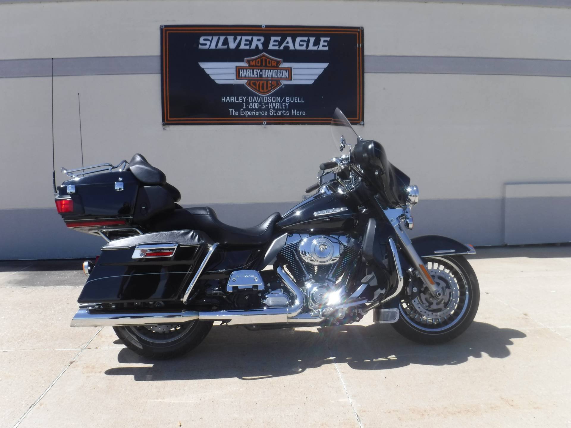 2011 Harley-Davidson Electra Glide® Ultra Limited in Waterloo, Iowa - Photo 1