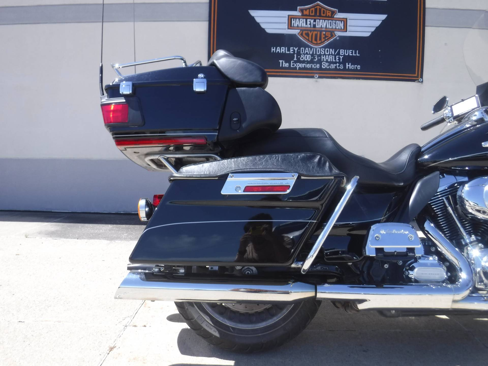2011 Harley-Davidson Electra Glide® Ultra Limited in Waterloo, Iowa - Photo 4