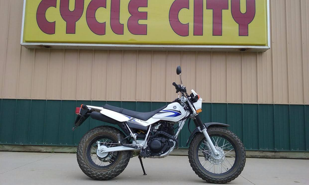 2009 Yamaha TW200 in Rochester, Minnesota