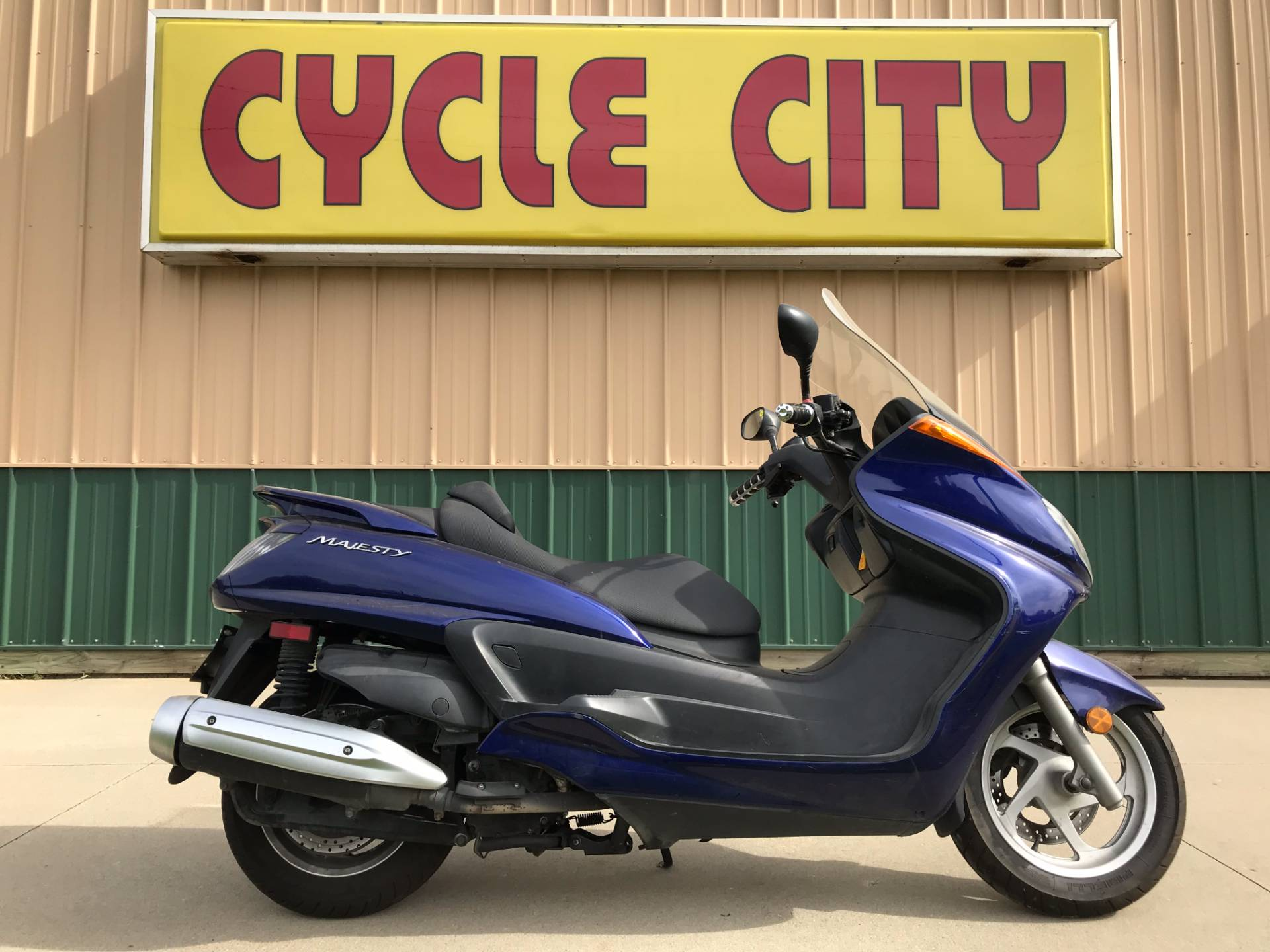 2005 Yamaha Majesty in Rochester, Minnesota