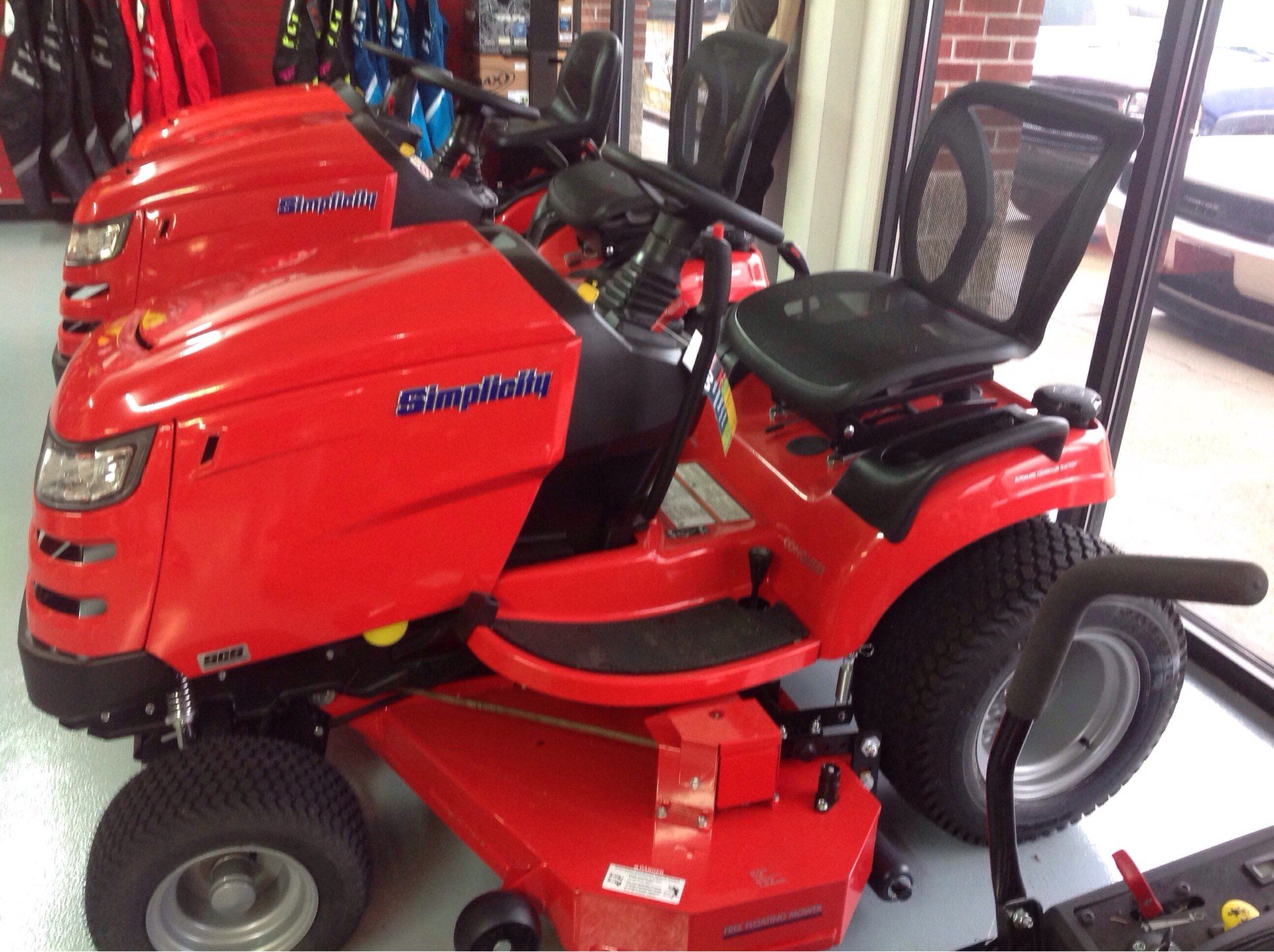 2019 Simplicity Conquest 52 in. Briggs & Stratton 25 hp in Lafayette, Indiana - Photo 2