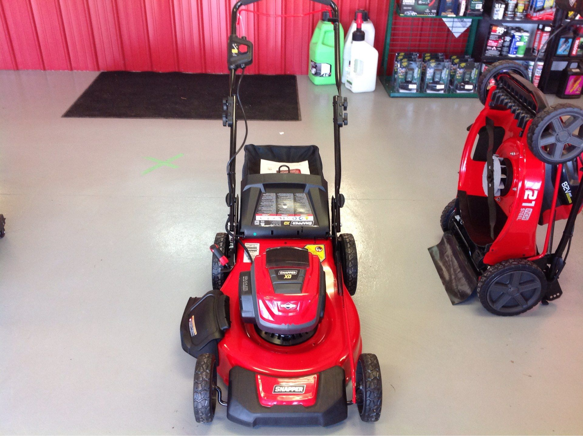 Snapper SXDWM82 21 in. 82V Max Lithium-Ion Cordless Push in Lafayette, Indiana - Photo 2