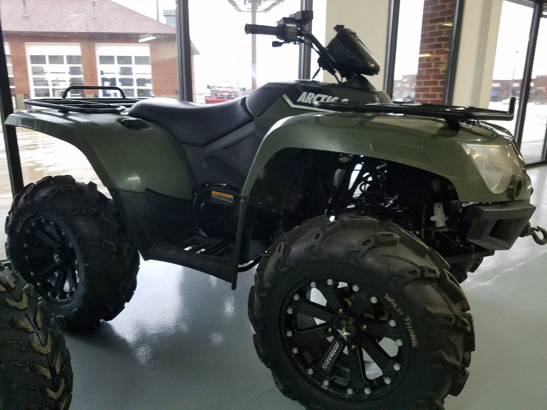 2016 Arctic Cat Alterra 500 XT in Lafayette, Indiana - Photo 5
