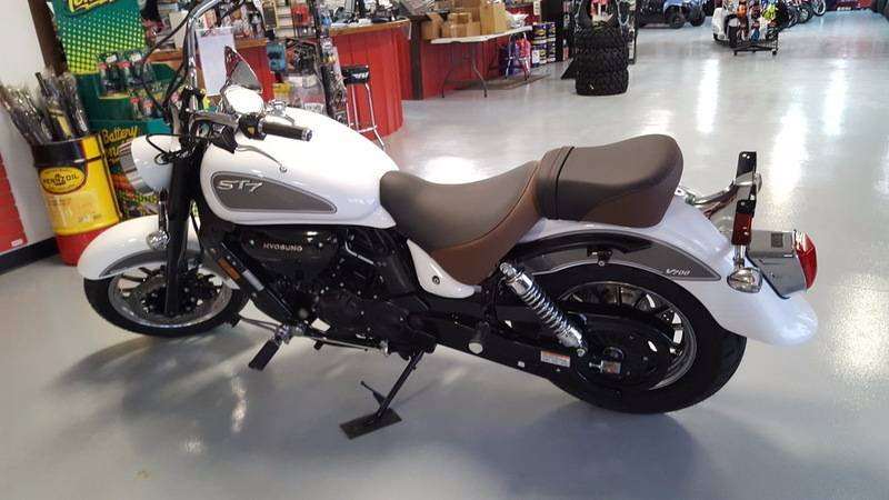 2016 Hyosung ST7 in Lafayette, Indiana - Photo 15