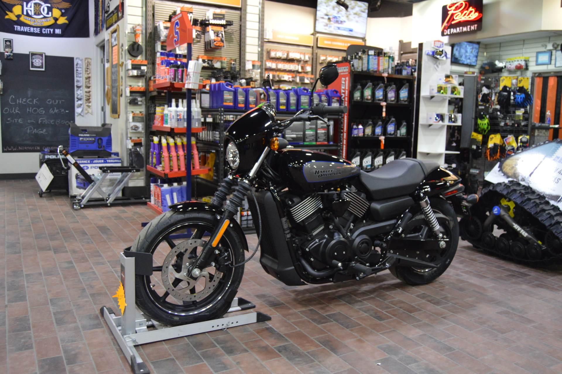 2017 Harley-Davidson Street® 750 in Traverse City, Michigan