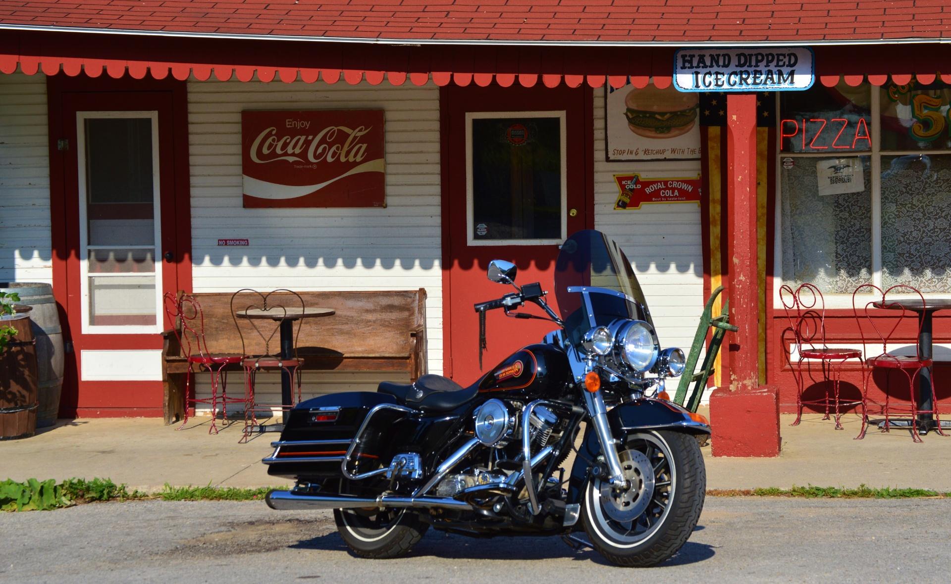 1993 Harley-Davidson Electra Glide Sport in Traverse City, Michigan