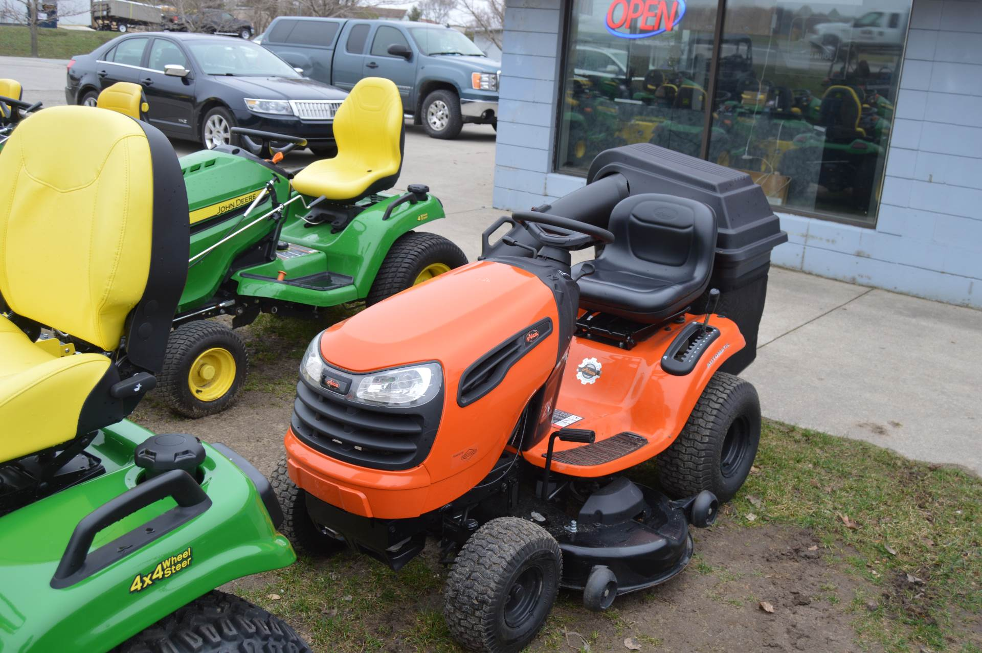 2015 Ariens Lawn Tractor 46 in Traverse City, Michigan
