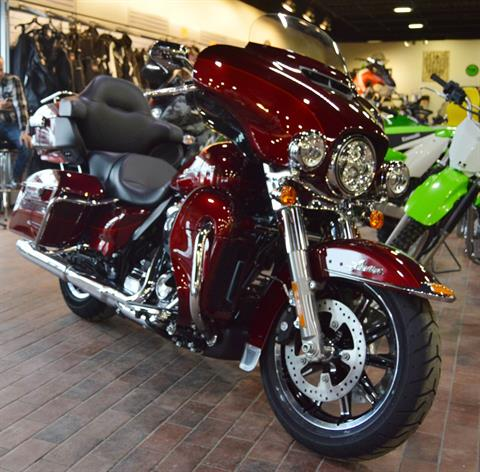 2017 Harley-Davidson Ultra Limited Low in Traverse City, Michigan