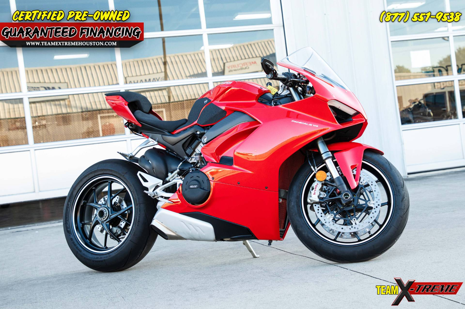2019 Ducati Panigale V4 in Houston, Texas - Photo 2