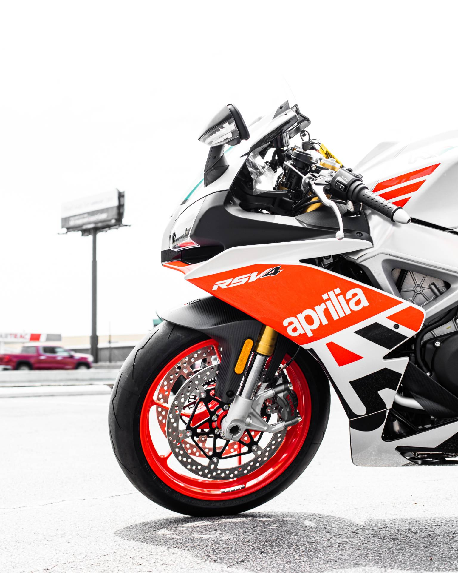 2020 Aprilia RSV4 RR Misano Limited Edition in Houston, Texas - Photo 11