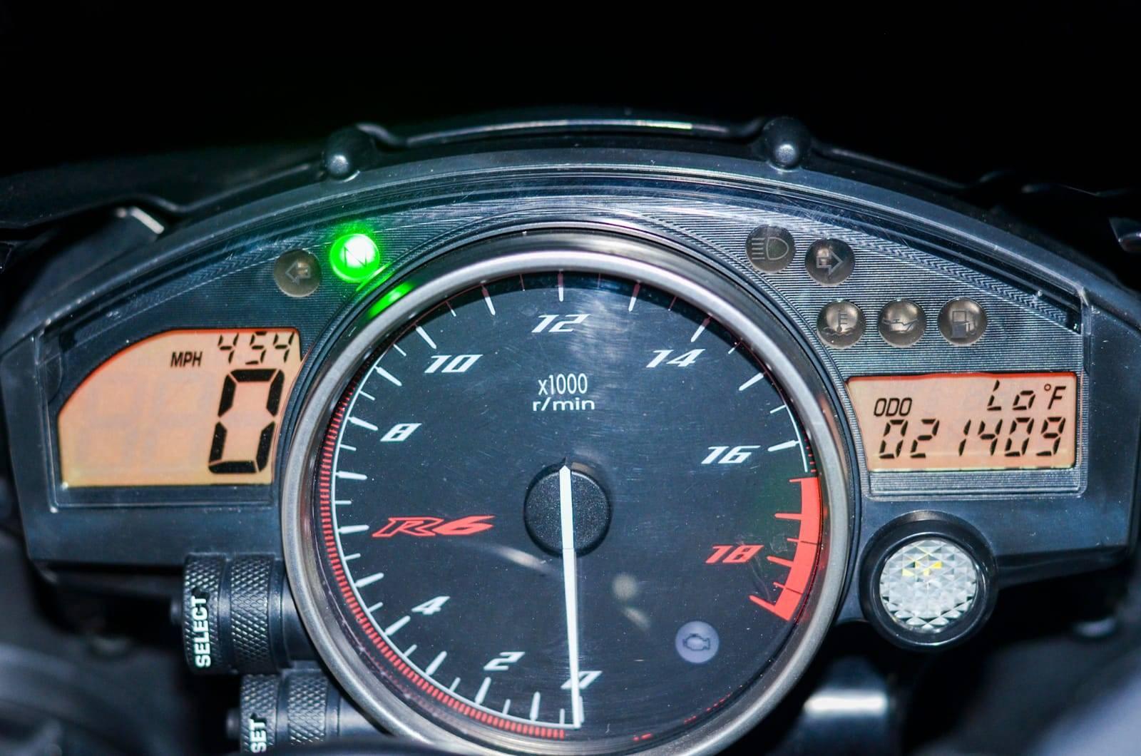 2009 Yamaha YZF-R6 8