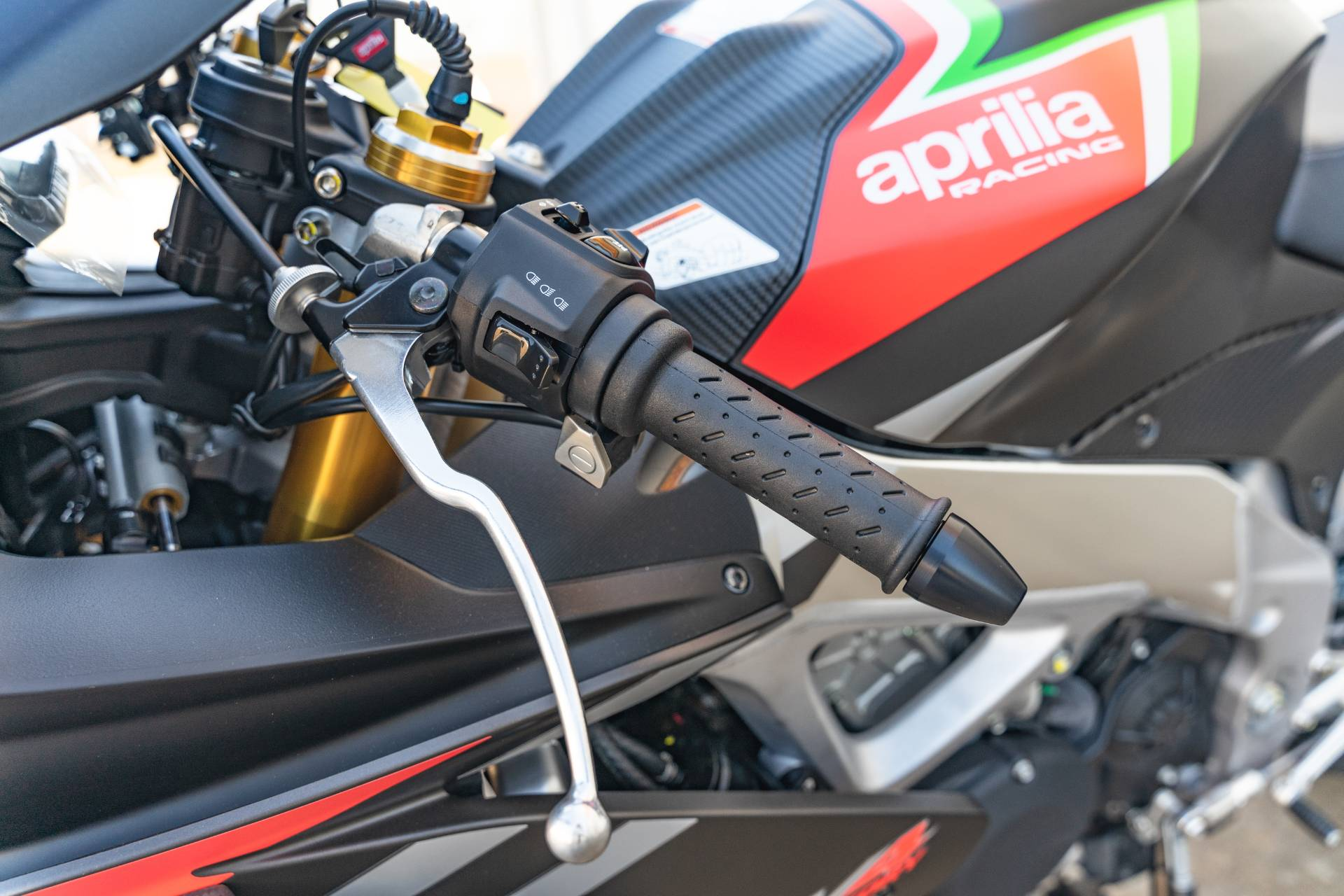 2020 Aprilia RSV4 1100 Factory in Houston, Texas - Photo 22