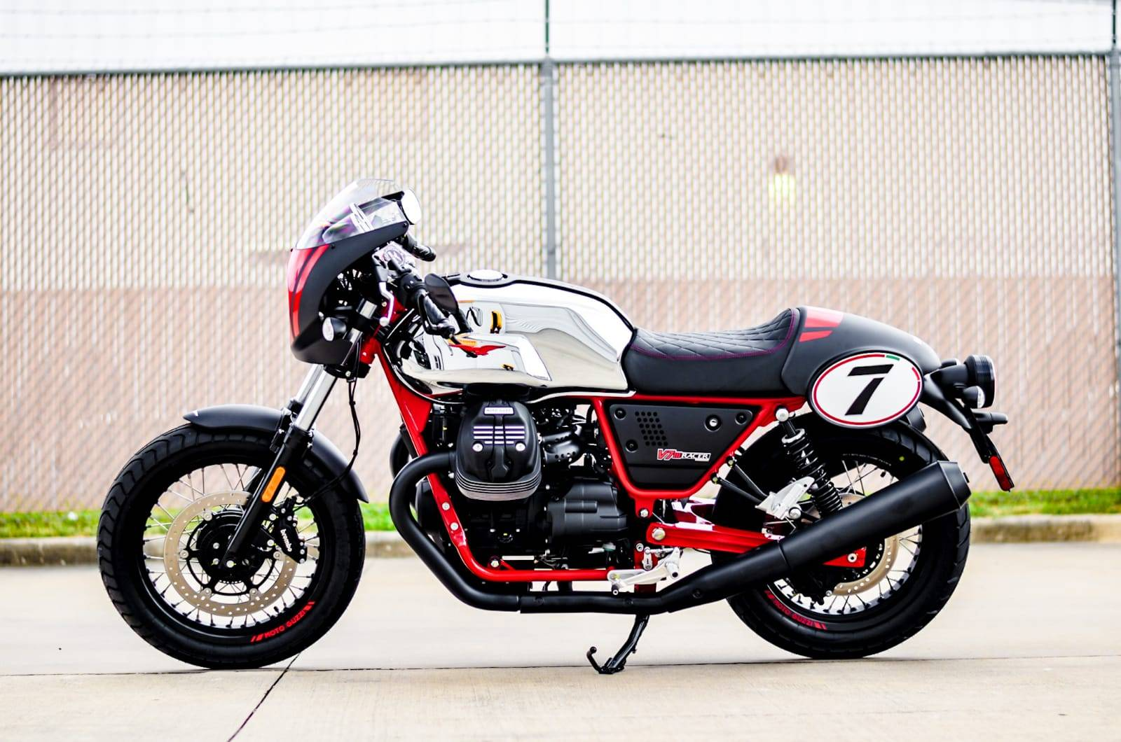 2020 Moto Guzzi V7 III Racer 10th Anniversary in Houston, Texas - Photo 3