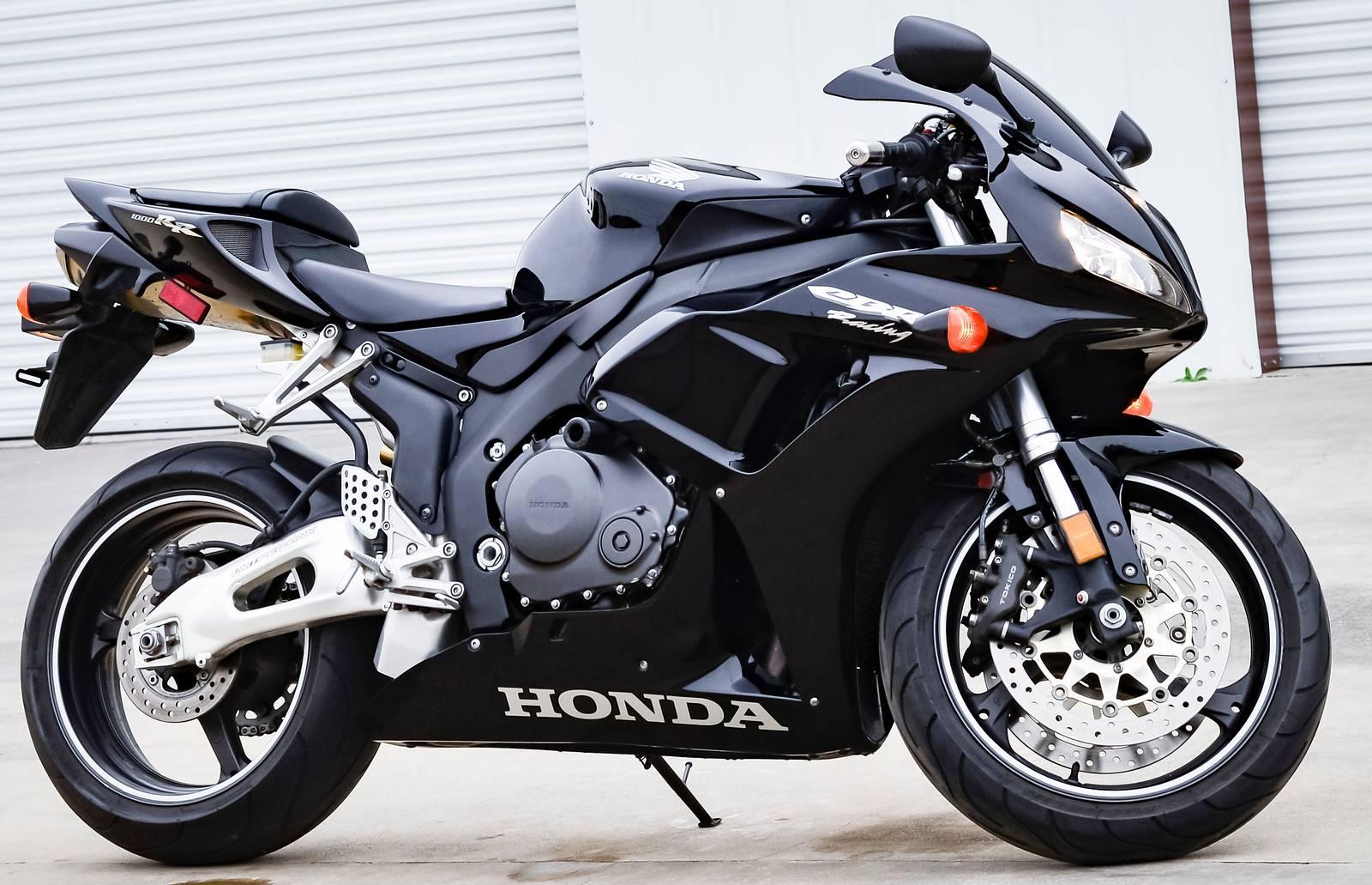 2006 Honda CBR1000RR 1