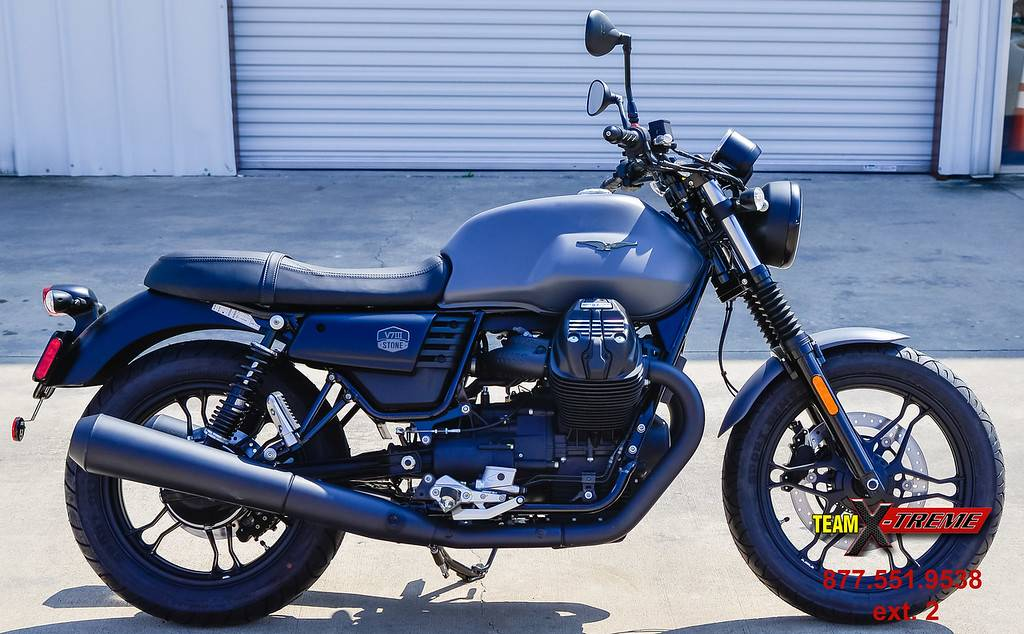 2019 Moto Guzzi V7 III Stone in Houston, Texas - Photo 3