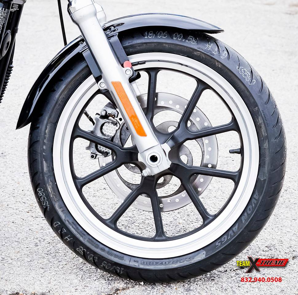 2014 Harley-Davidson Sportster SuperLow 5